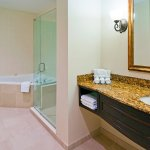 Photo of Holiday Inn Express Hotel & Suites Miami-Kendall