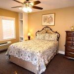 Peach Tree Inn & Suites Foto