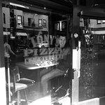 صورة فوتوغرافية لـ Tony's Pizza Napoletana