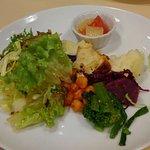 ビストロ 4-キャトル 本町 ランチの前菜