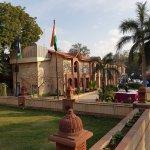 Ashok Country Resort resmi