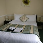 Lord Hill Hotel Photo