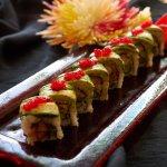 Emerald : Jumbo tempura shrimp, asparagus mayo and scallions inside, topped  with avocado tobiko