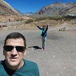 Con mi hija, en Puente del Inca, increíble lugar!