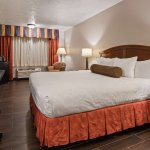 Bilde fra SureStay Plus Hotel by Best Western Omaha South