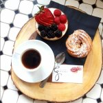 Le Cafe Gourmet - Sweet break... with espresso (of course!) and French patries