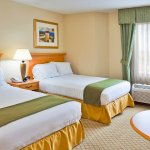 Photo of Holiday Inn Express Hotel & Suites Universal Studios Orlando