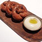 Freshly flame-baked pretzels & hummus dip