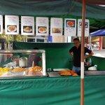 صورة فوتوغرافية لـ Eat Street Markets