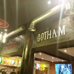 ภาพถ่ายของ Gotham the burger city