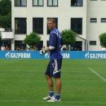 Manuel Neuer ehemaliger Arena Spieler beim Training