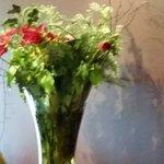 Bouquet fané, eau sale