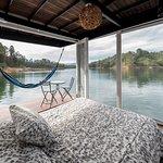 Vista de la cabaña flotante /View from the floating cabin