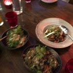 Salad of papaya and spicy cauliflower