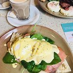 Eggs Hollandaise with Smoked Salmon