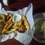 Foto de Dolphin Pub & Grill