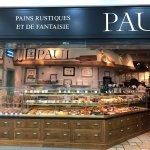 صورة فوتوغرافية لـ Paul Restaurant