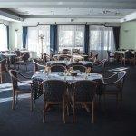 Главный зал ресторан Фристаил.