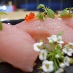 Nigiri z tuńczykiem bonito