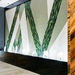 Photo de Embassy Suites by Hilton Lexington Green
