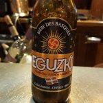 Quoi de mieux pour goûter et vivre basque  Merci pour l'accueil vous êtes extra