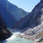 Foto de Tiger Leaping Gorge (Hutiao Xia)