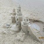 صورة فوتوغرافية لـ Seabreeze Beach Resort