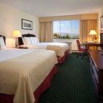 Photo de Holiday Inn Montreal Longueuil