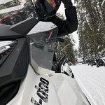 Foto de White N' Wild Snowmobile Tours