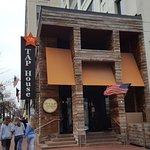 Foto de City Tap House Penn Quarter