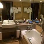 Fairmont is one of my favorite hotels. Fairmont Makati Manila was also wonderful. I loved to enj