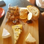 Milawa 3 cheese platter