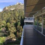 Photo de St. George Lycabettus Lifestyle Hotel