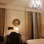 Photo de Hôtel Bradford Elysées - Astotel
