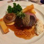Foto de Restaurant at Lyzzick Hall