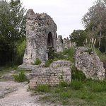 Fontvieille aqueduc Romain 2015