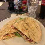 Photo de Pizzeria La Caveja
