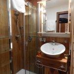 Etwas kleines Bad,jedoch funktional und sehr ansprechend