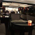 Le lobby du Hyatt Regency.. un moment de détente et de réflexion