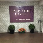 Foto de The Old Ship Hotel