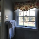 Allman Suite bathroom