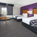 Foto de La Quinta Inn & Suites St. Louis Westport