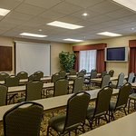 Photo of Country Inn & Suites by Radisson, Charleston South, WV