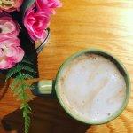 Café au lait & pretty flowers!!