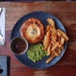Steak & guiness pie