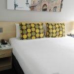 Bett, auf Wunsch auch zu trennen in 2 Einzelbetten :)
