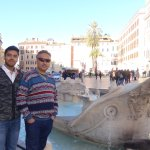 Ideal place for photographs next to the photogenic Ugly Fountain of Piazza di Spagna !!!