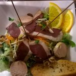 Salade gourmande au foie gras et magret fumé
