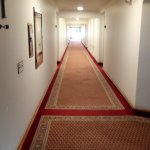 pasillos hacia las habitaciones