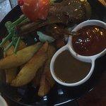 ภาพถ่ายของ Charm's Restaurant